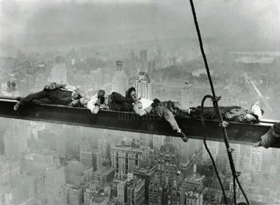 anonymous-rockefeller-center-1932-resting-on-a-girder-8679